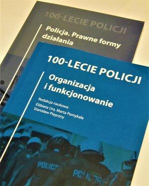 Dwie książki naukowe o Policji